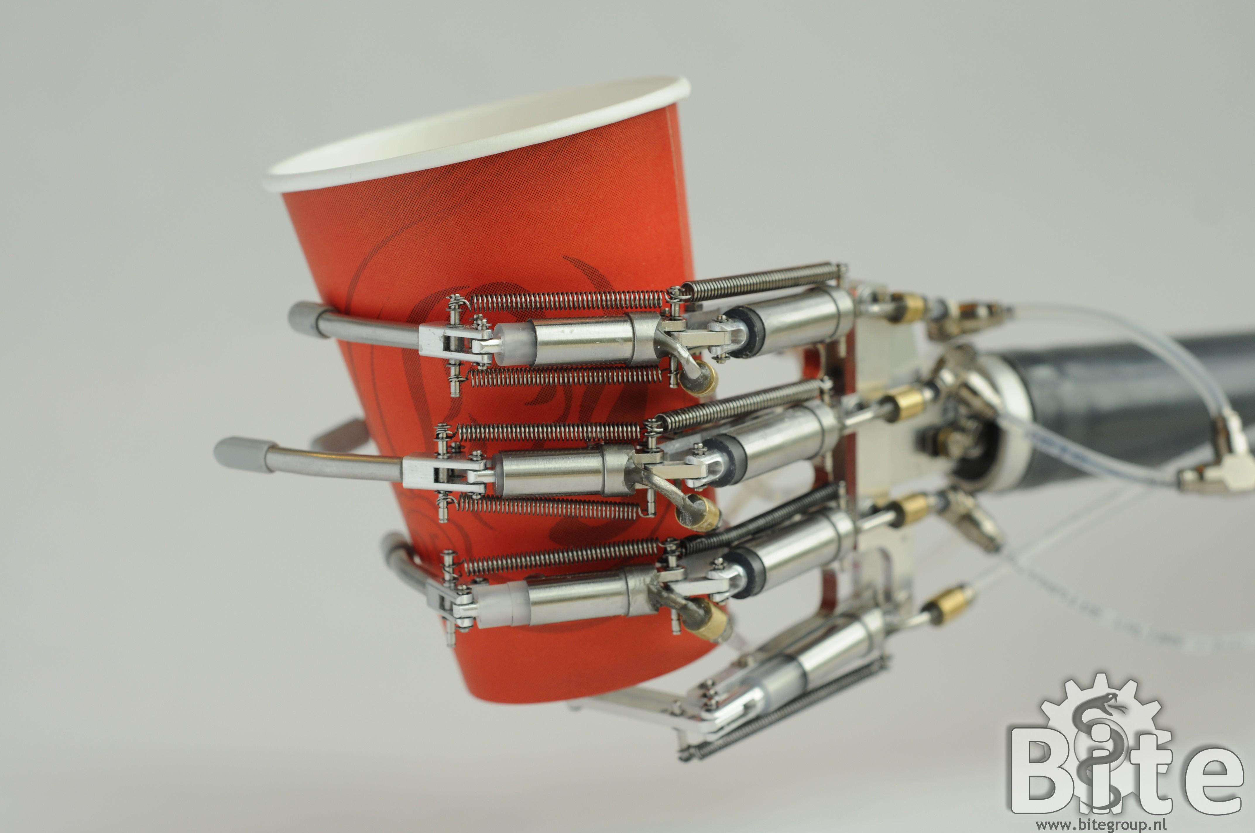 Delft Cylinder Hand